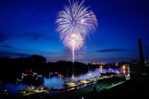 fireworks on the james river at rocketts landing